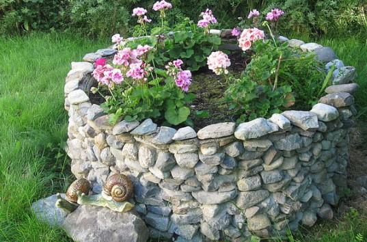 Элементы декора садового участка